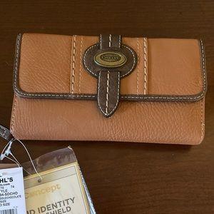 NWT! Two-tone Concept Prescott Wallet